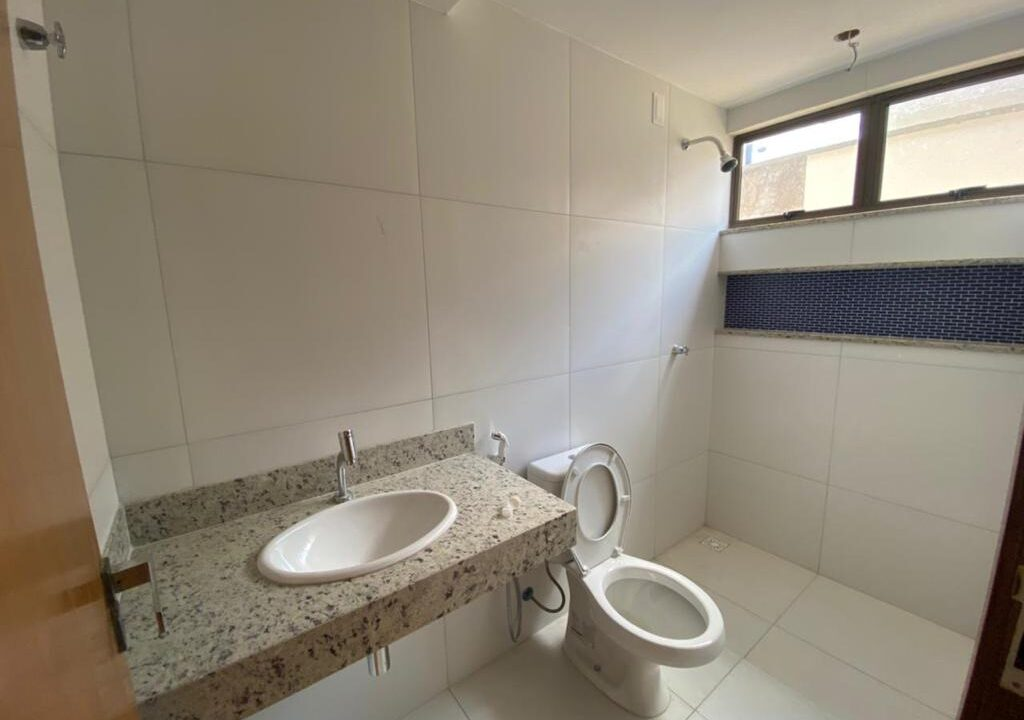 10 Casa para venda com 3 quartos sendo 1 suíte com closet no bairro Satélite em Teresina-PI