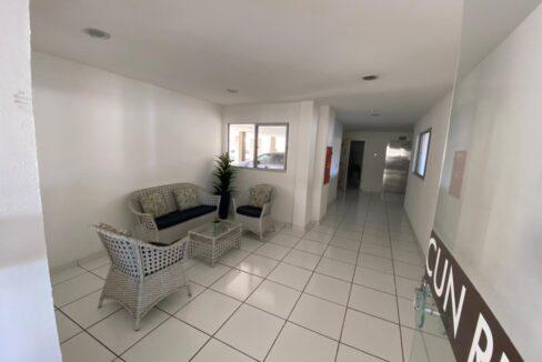 11 Apartamento para venda com 2 quartos sendo 1 suíte, elevador, piscina, 1 vaga de garagem próximo avenida João XXIII em Teresina-PI
