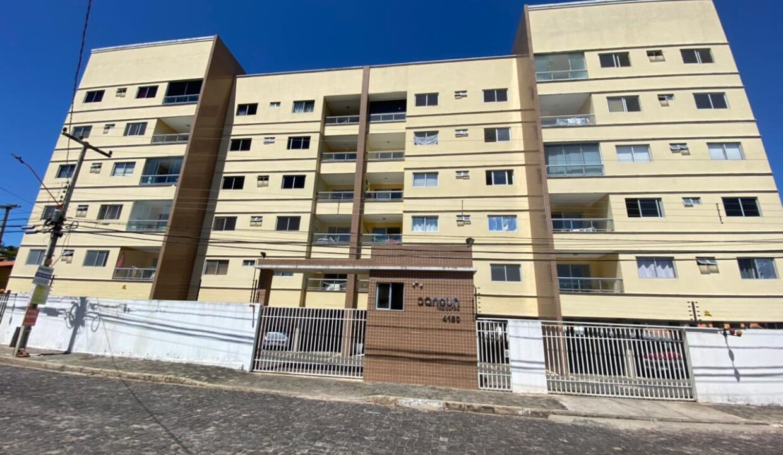 12 Apartamento para venda com 2 quartos sendo 1 suíte, elevador, piscina, 1 vaga de garagem próximo avenida João XXIII em Teresina-PI