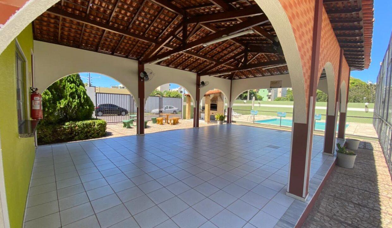 12 Apartamento para venda com 3 quartos sendo 2 suítes, móveis planejados, piscina próximo avenida João XXIII