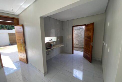 4 Casa para venda com 3 quartos sendo 1 suíte com closet no bairro Satélite em Teresina-PI