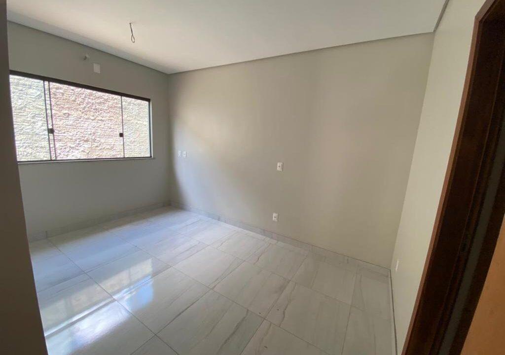8 Casa para venda com 3 quartos sendo 1 suíte com closet no bairro Satélite em Teresina-PI