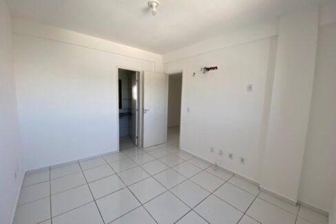 9 Apartamento para venda com 2 quartos sendo 1 suíte, elevador, piscina, 1 vaga de garagem próximo avenida João XXIII em Teresina-PI