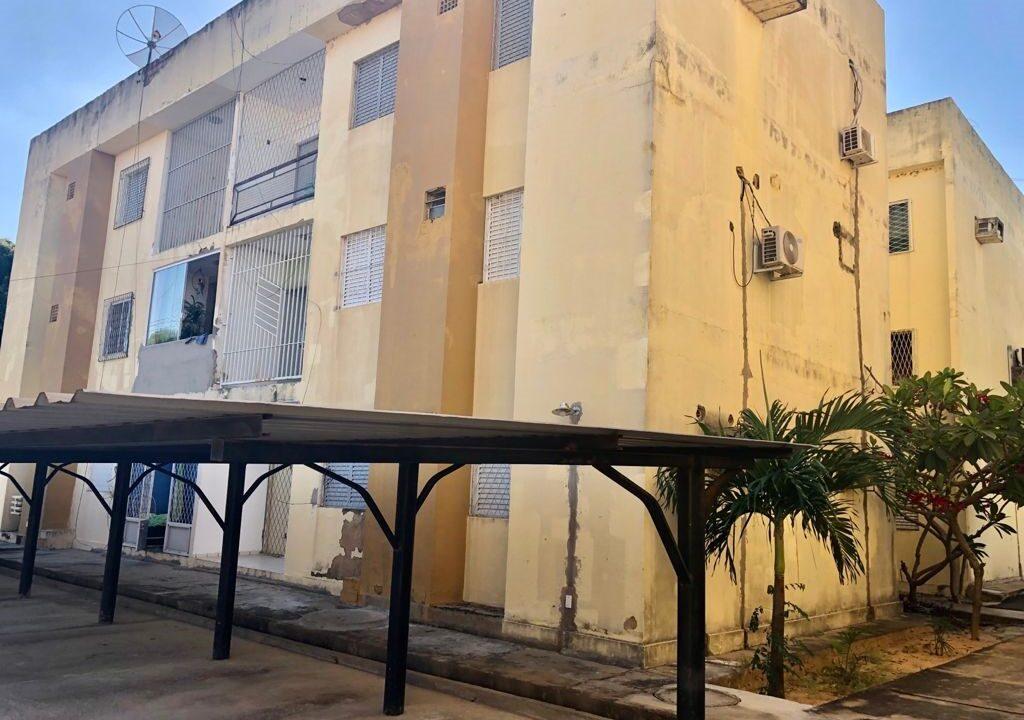 11 Apartamento para venda com 2 quartos sendo 1 suíte, condomínio fechado na avenida Joaquim Nelson no bairro Dirceu em Teresina-PI