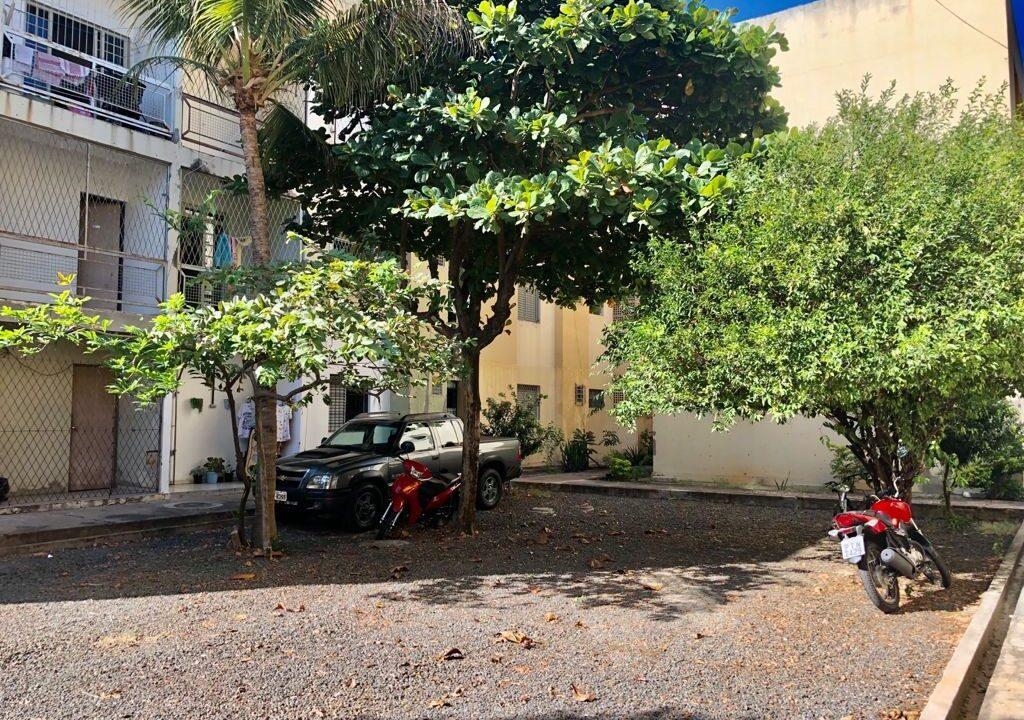 12 Apartamento para venda com 2 quartos sendo 1 suíte, condomínio fechado na avenida Joaquim Nelson no bairro Dirceu em Teresina-PI