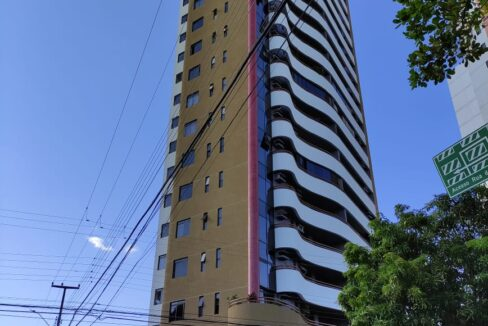 20 Apartamento venda, 3 suítes, DCE, 2 vagas no jóquei em Teresina-PI