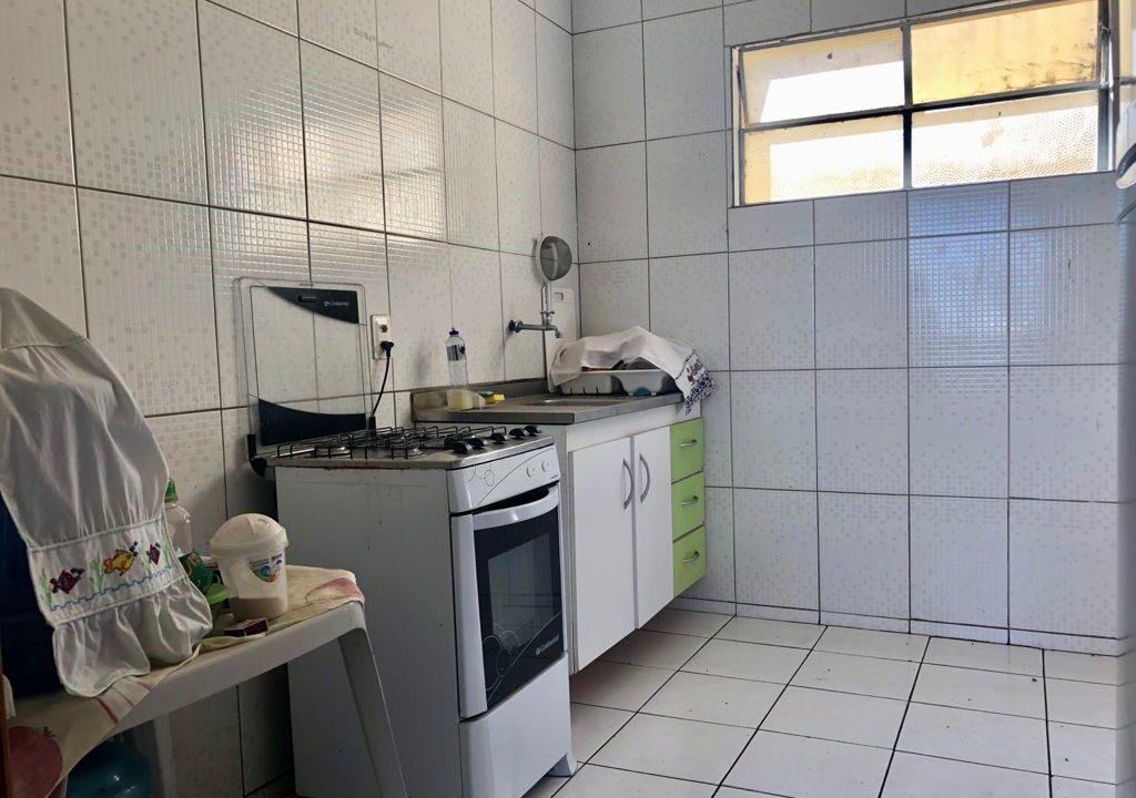8 Apartamento para venda com 2 quartos sendo 1 suíte, condomínio fechado na avenida Joaquim Nelson no bairro Dirceu em Teresina-PI