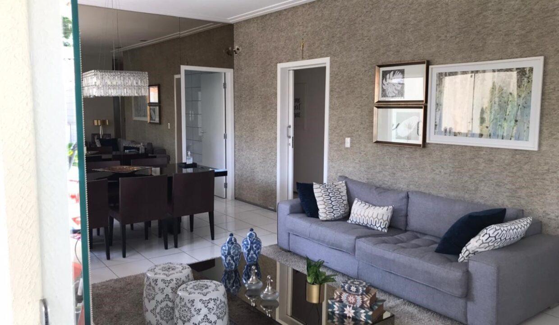 1 Casa para venda com 3 quartos sendo 2 suítes, piscina, DCE,excelente acabamento no bairro morada do sol em Teresina-PI