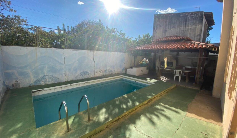 15 Casa para venda com 4 Quartos e 4 banheiros à Venda, 275 m² por R$ 699.900 no bairro de Fátima em Teresina-PI