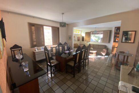 2 Casa para venda com 4 Quartos e 4 banheiros à Venda, 275 m² por R$ 699.900 no bairro de Fátima em Teresina-PI