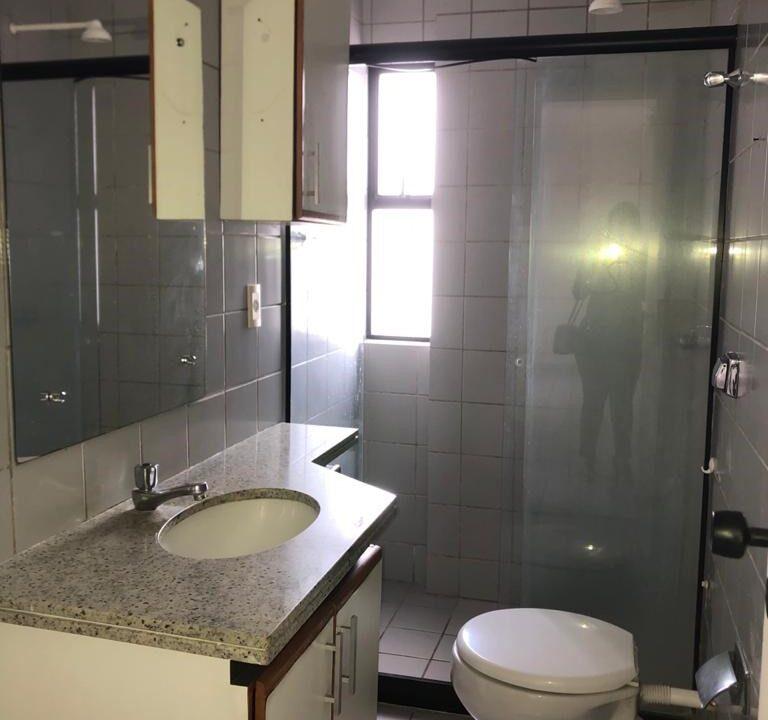 4 Apartamento para venda com 3 quartos sendo 1 suíte, elevador, 2 vagas no bairro São Cristóvão em Teresina-PI