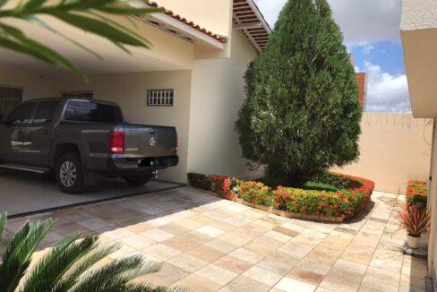 4 Casa para venda com 3 quartos sendo 2 suítes, piscina, DCE,excelente acabamento no bairro morada do sol em Teresina-PI