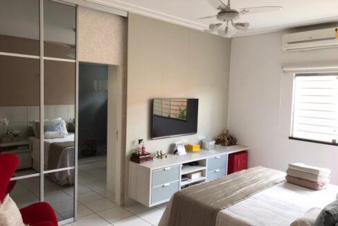 5 Casa para venda com 3 quartos sendo 2 suítes,piscina, DCE,excelente acabamento no bairro Morada do Sol em Teresina-PI