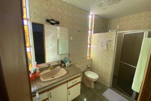 8 Casa para venda com 4 Quartos e 4 banheiros à Venda, 275 m² por R$ 699.900 no bairro de Fátima em Teresina-PI
